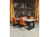 Betonnen tafel Zuidlaren met stoelen staand
