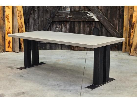 Betonnen tafel Peize productfoto